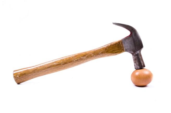 egg-and-hammer